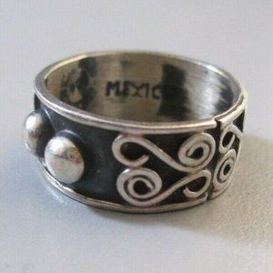 Sterling Silver Mexico ring sz 5 Wedding band